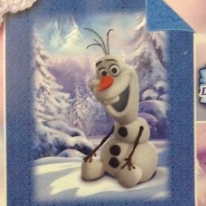 New Disney Frozen Blanket with Olaf.